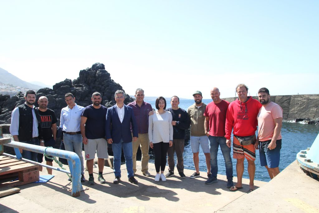 Reunión en la Cofradía de Pescadores Nuestra Señora de la Consolación. Punta del Hidalgo.