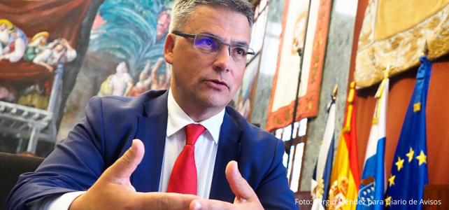 El Cabildo abona los 200.000 euros previstos para ayudar a las cofradías de pescadores